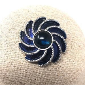 Signed Avon Vintage Brooch Dress Clip Blue Silver